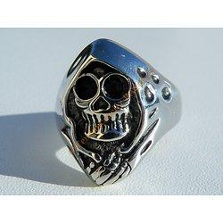 Bague Acier Inoxydable Chevalière Skull Tete de Mort Genre Iron Maiden Hard Rock
