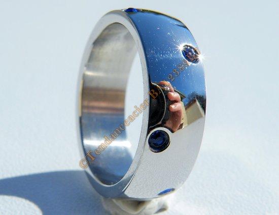Bague Alliance Argenté 7 mm Pur Acier Inoxydable 8 Zircons Strass Bleu Amour Mariage