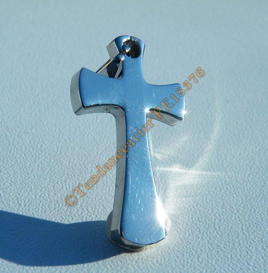Pendentif Pur Acier Inoxydable Croix Jésus Christ Catholique Religion Foi Argenté 35 mm