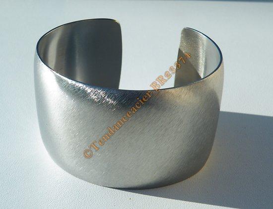 Bracelet Ouvert Bangle Pur Acier Inoxydable Argenté Brossé Bombé Large 40 mm
