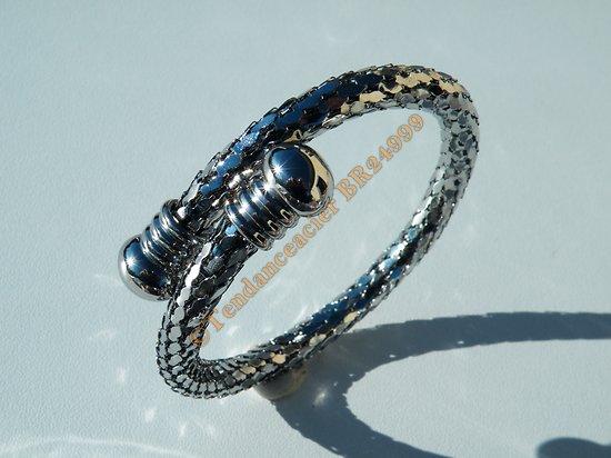 Bracelet Bangle Jonc Ajustable Argenté Acier Inoxydable Maille Serpent Ecailles