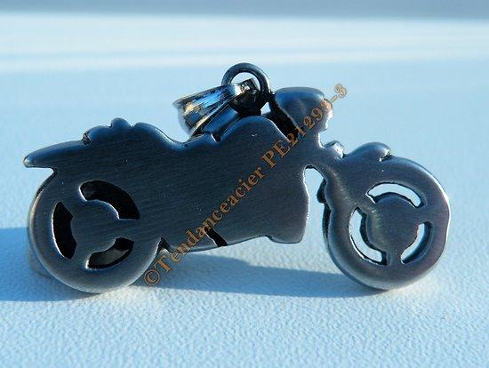 Pendentif Argenté Pur acier Inoxydable Biker Moto Motard Gros Cube + Chaine Kdo