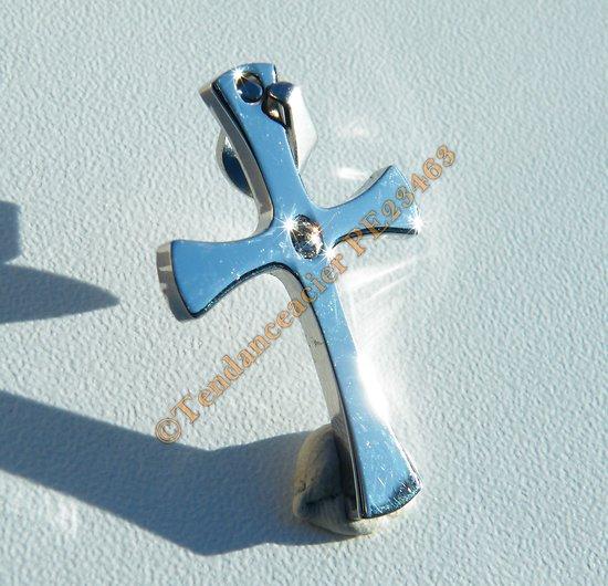 Pendentif Croix Jésus Religion Argenté Sertie 1 Strass Pur acier Inoxydable + Chaine Cadeau