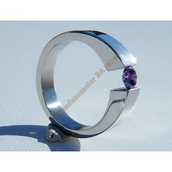 Bague Alliance Fiançailles Ovale Argenté Pur Acier Inoxydable Sertie Diamant Strass Améthyste Violet 4 mm