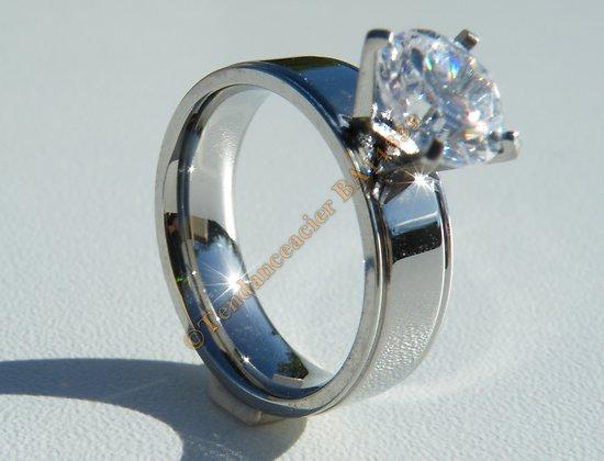 Bague Alliance 6 mm Fiançailles Amour Argenté Pur Acier Inoxydable Sertie Diamant Strass 8 mm