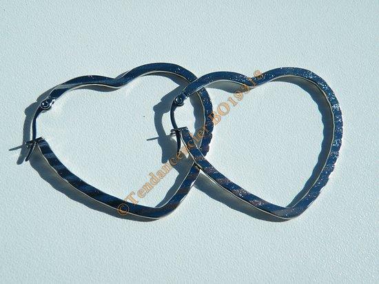 Boucles d'Oreilles Créoles Forme Coeur Pur Acier Inoxydable Zebré Argenté 50 mm