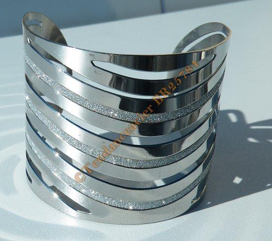 Bracelet Ouvert Bangle Pur Acier Inoxydable Argenté Découpé Strassé Large 54 mm Ajustable