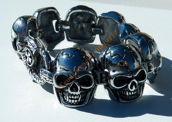 Bracelet Rare Argenté Skull Pur Acier Inoxydable 8 Tetes de Mort Fracassé Gothique 27 mm