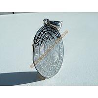 Pendentif Ovale Religieux Sainte Vierge Marie de Guadalupe Argenté Pur Acier Inoxydable + Chaine
