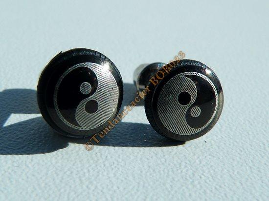 Boucles d'Oreilles Paire Clou Pur Acier Inoxydable Chirurgical  Noir YIN YANG Zen