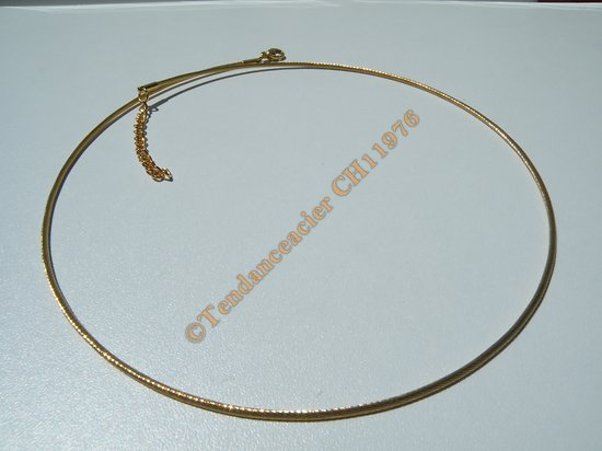 Chaine Collier Ras de Cou 45 a 49 cm Style Maille Serpentine Doré Pur Acier Inoxydable  Chirurgical 1,5 mm