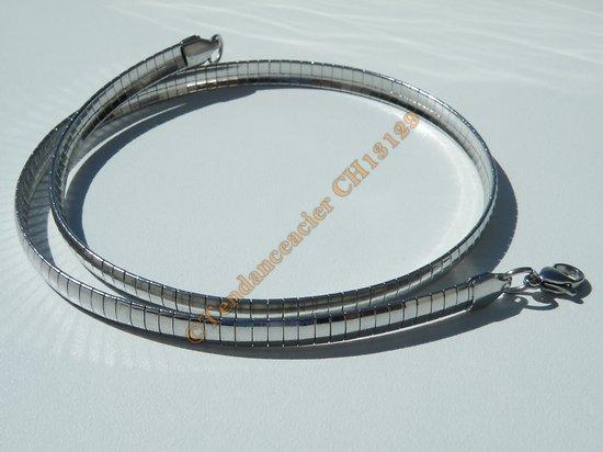Chaine Collier Ras de Cou 45 cm Maille Oméga Serpentine Incurvé Argenté Pur Acier Inoxydable Chirurgical 6 mm