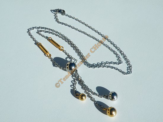 Chaine Collier Elegance 4 Boules Or et Argenté Pur Acier Inoxydable Eternity