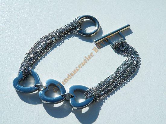Bracelet Elegance Pur Acier Inoxydable 3 Coeurs Multi Chaine Argenté Fermoir Toggle 19 cm
