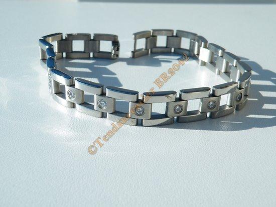 Bracelet Gourmette 10 mm Acier Inoxydable 19 Zircons Strass Argenté Brillant 22 cm