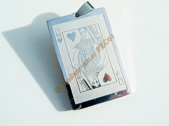 Pendentif Pur Acier Inoxydable Plaque Gravure Dame de Coeur Poker Carte