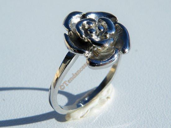 Bague Femme Fille Pur Acier Inoxydable Argenté Fleur Rose Ouverte