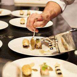 Picatta de veau, sauce piquillos Espelette - Millefeuille Mojito