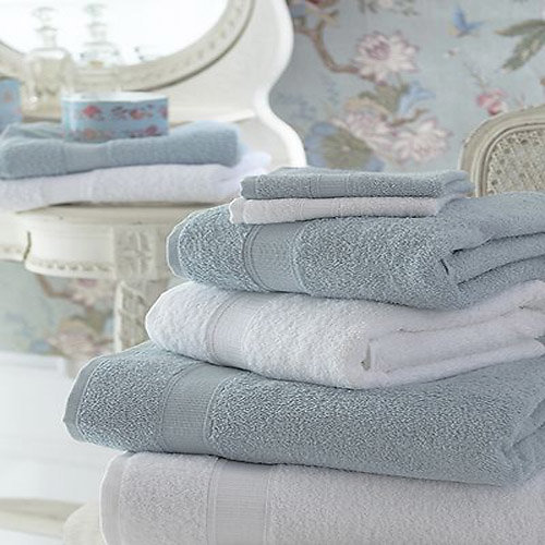 CIRE PARFUMEE FLUFFY TOWELS