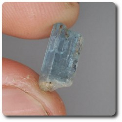1.98 carats CRISTAL D'AIGUE-MARINE Brésil