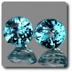 0.61 cts LOT DE 2 ZIRCON BLEU . IF Cambodge