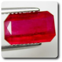 3.80 cts RUBIS ROUGE SANG .VS Madagascar