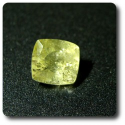 0.52 cts  BRAZILIANITE . VS Brésil