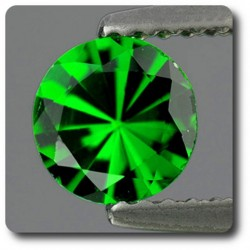 0.35 cts CHROME DIOPSIDE .IF Russie