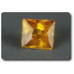0.17 cts CLINOHUMITE ORANGE. VS Tanzanie, Afrique