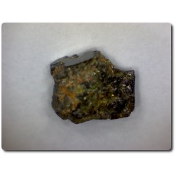 3.6 carats CRISTAL D'EPIDOTE Birmanie