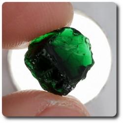3.5 carats CRISTAL DE TOURMALINE CHROME Madagascar