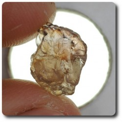 4.99 carats CRISTAL DE SAPHIR Madagascar