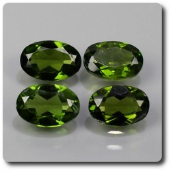 2.82 cts LOT DE 4 CHROME DIOPSIDE Russie