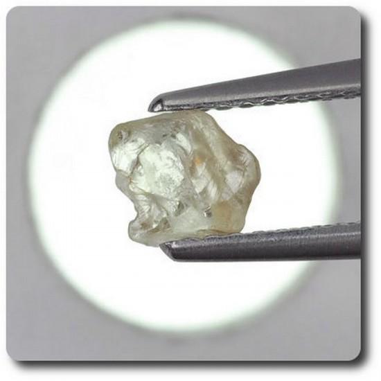 0.59 carats CRISTAL DE SAPHIR Madagascar