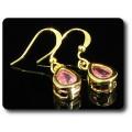 BOUCLES D'OREILLE SAPHIR ROSE 2x8 mm Plaqué Or 18 K
