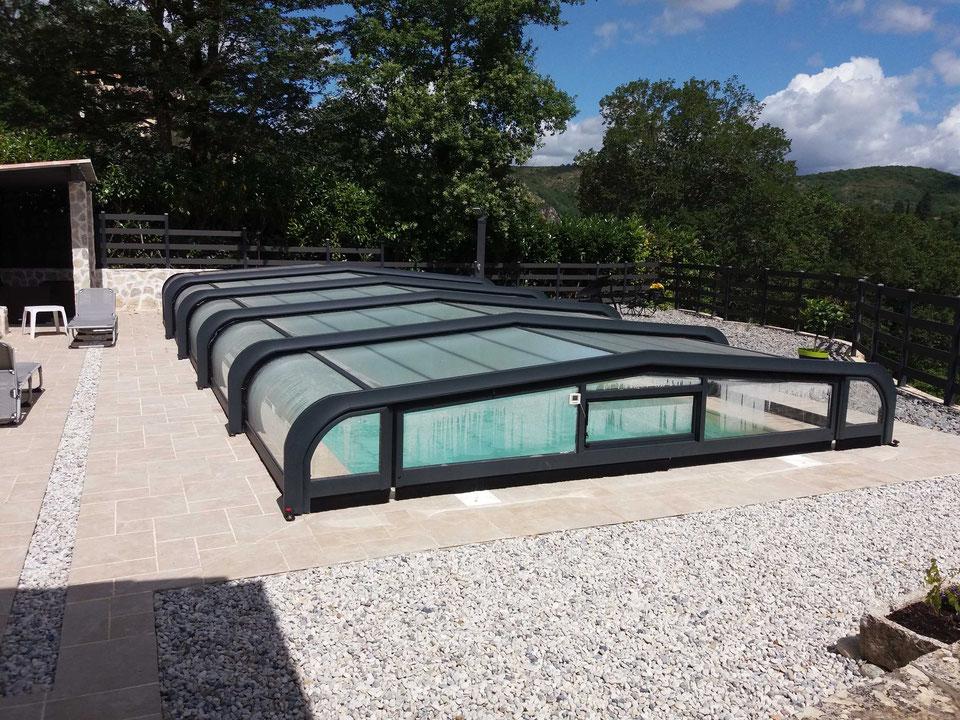 piscine-coque-polyester-faroa-9-50-x-4-00-abris-piscine-cazals-82140.jpg