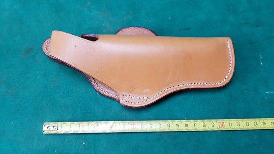 Holster / étui cuir pour pistolet 7.65 / 9mm  (droitier)