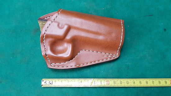 Holster / étui cuir SAFARILAND pour revolver SMITH & WESSON 689 / 659