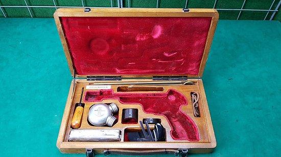 Mallette / coffret pour pistolet VOSTOK MARGOLIN