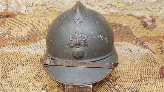 Casque Adrian infanterie complet (intérieur ersatz)