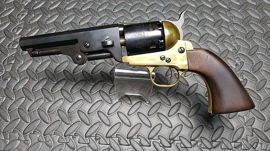 Revolver poudre noire COLT sheriff cal 36