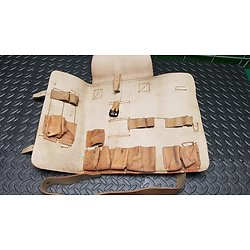 sacoche cuir pour pistolet lance fusée français 1917