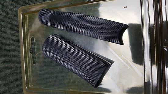 Grip caoutchouc Pachmayr CZ 75 / TZ 75