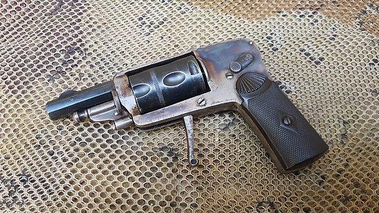 Revolver 6mm vélodog hammerless