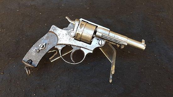 Revolver d ordonnance 1873