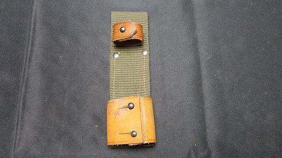 Gousset porte fourreau baionnette AK 47