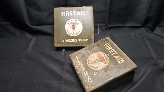 Caisse US ww2 First aid