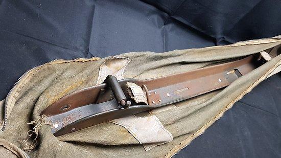 Râtelier / porte fusil Garand JEEP ww2 avec sa housse