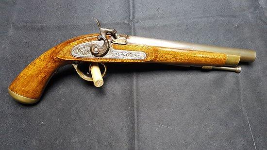 pistolet a percussion