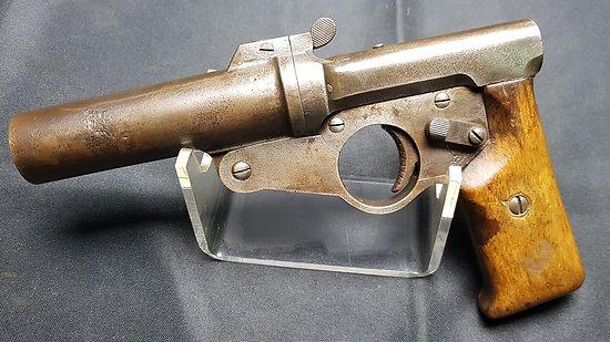 Rarissime pistolet lance fusée Allemand A.WW  WELTKRIEG  ww1